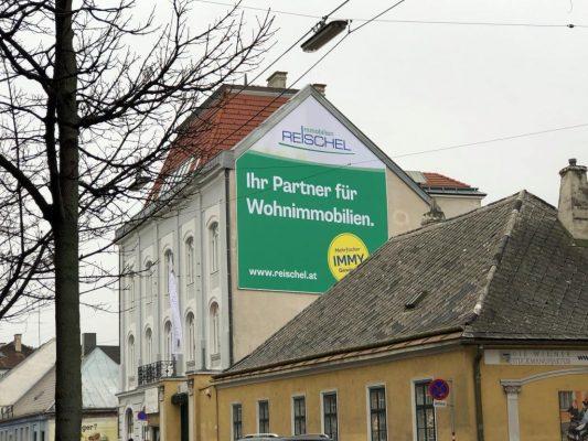 Neue Grossformat-Werbefläche in Liesing