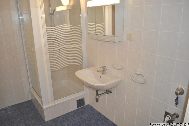 Badezimmer über 6 m2
