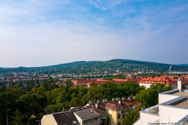 Dachgeschoss mit Terrasse und Fernblick L1-12 Baumgartner Casino Park