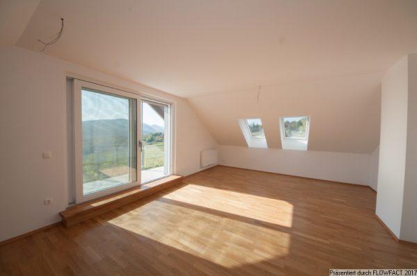 Dachgeschoss am Maurer Berg mit FERNBLICK, Loggia und Garten