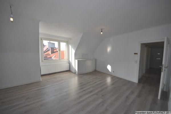 Nahe U4 Unter St. Veit – Dachgeschosswohnung