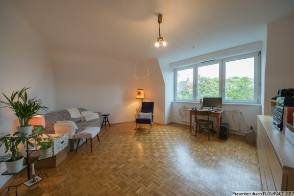 Oberdöbling – Moderne Dachgeschosswohnung mit Grünblick