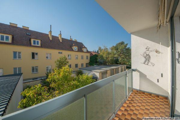 Atzgersdorf – Mit Loggia und Blick in grüne Innenanlage