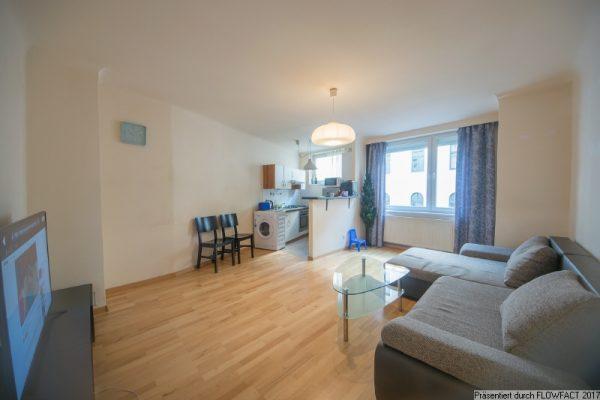Moderne Wohnung mit Süd-Loggia