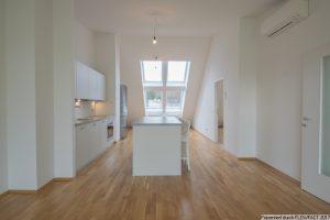 Dachgeschoss mit Wow-Effekt und großer Terrasse