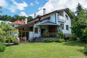 Breitenfurt West – Ein/Zwei Familien Haus mit Schwimmteich und traumhaftem Fernblick