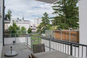 Beim Liesinger Platz – mit 16m² Terrasse, Lift und Garage
