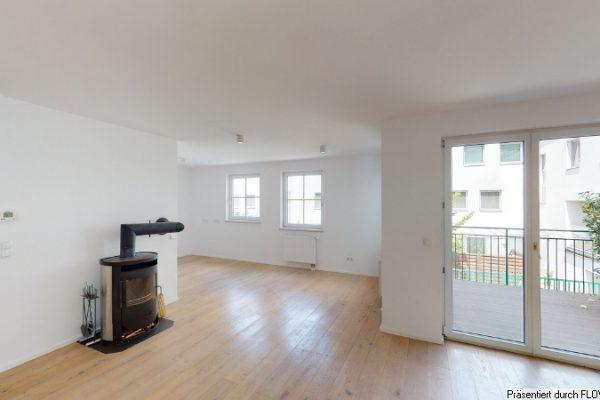 Haus im Haus – Familien-Domizil auf 4 Wohnebenen mit 3 Terrassen