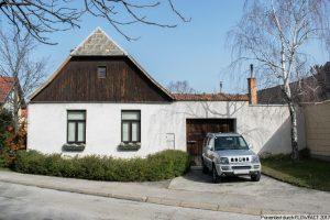 Rarität im Altortgebiet – großer Grund mit renovierungsbedürftigen Gebäuden