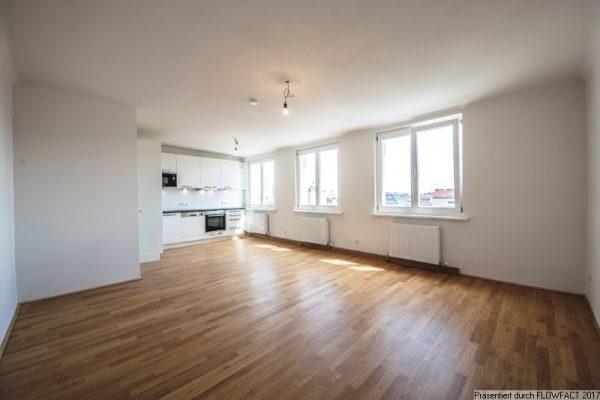 5 Stock – 2 Zimmer und 2 Abstellräume
